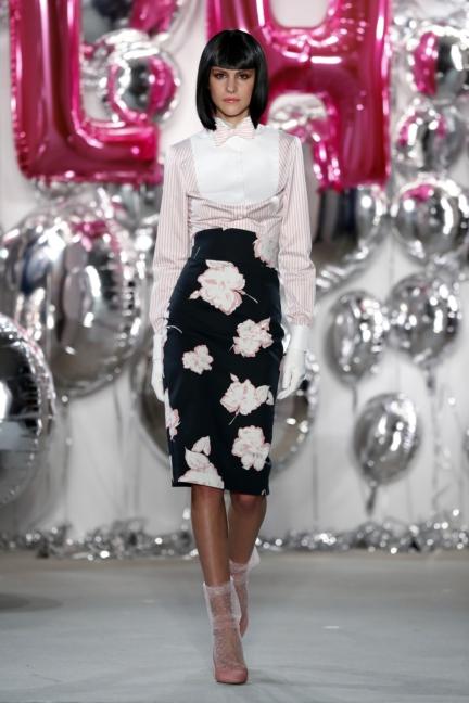 aw-2017_fashion-week-berlin_de_0021_lena-hoschek_69580
