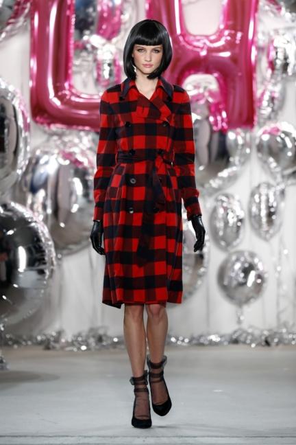aw-2017_fashion-week-berlin_de_0056_lena-hoschek_69545