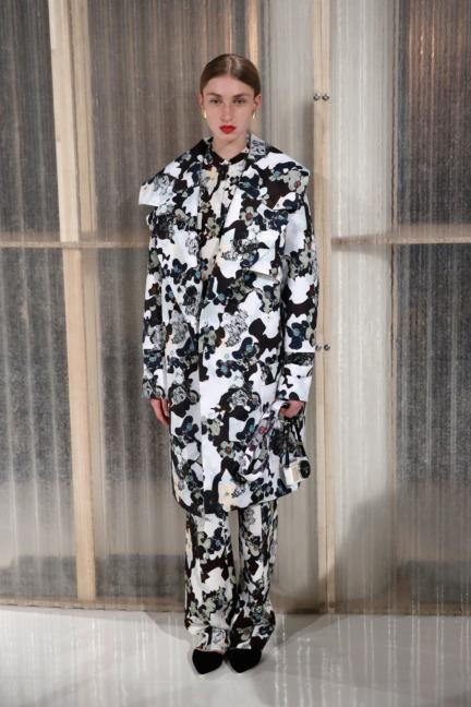 aw-2016_mercedes-benz-fashion-week-berlin_de_0008_malakaraiss_61261
