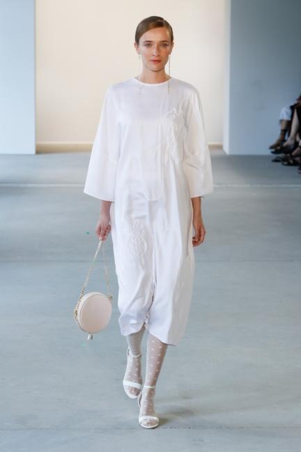 ss-2018_fashion-week-berlin_de_0007_malaikaraiss_71952