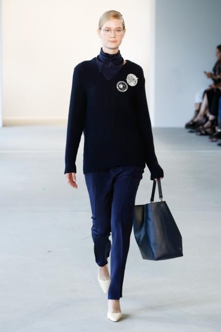ss-2018_fashion-week-berlin_de_0009_malaikaraiss_71950