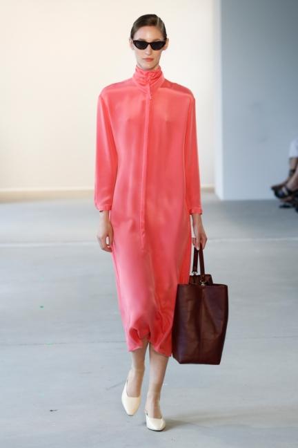 ss-2018_fashion-week-berlin_de_0011_malaikaraiss_71948