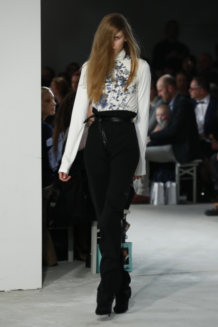 aw-2017_fashion-week-berlin_de_0019_michael-sontag_70708