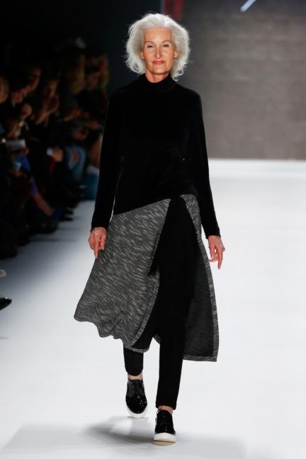 aw-2016_mercedes-benz-fashion-week-berlin_de_0002_minx-by-eva-lutz_61412