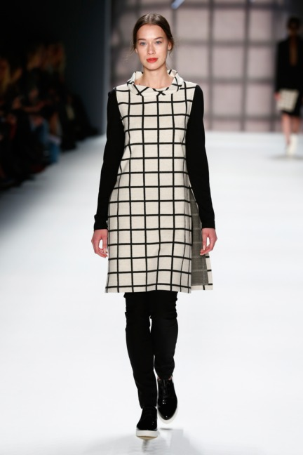 aw-2016_mercedes-benz-fashion-week-berlin_de_0032_minx-by-eva-lutz_61382