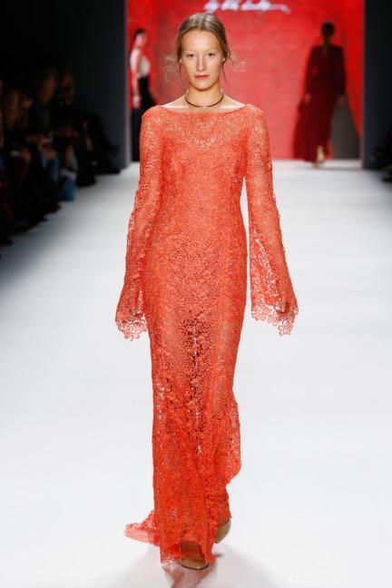 aw-2016_mercedes-benz-fashion-week-berlin_de_0044_minx-by-eva-lutz_61370
