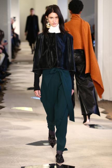 aw-2016_mercedes-benz-fashion-week-berlin_de_0003_nobi-talai_60948