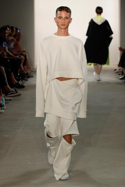 ss-2018_fashion-week-berlin_de_0017_odeur_72825