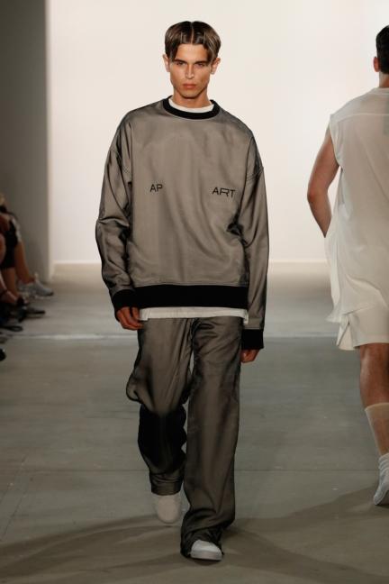 ss-2018_fashion-week-berlin_de_0018_odeur_72824