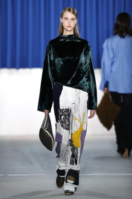 aw-2017_fashion-week-berlin_de_0012_perret-schaad_70347