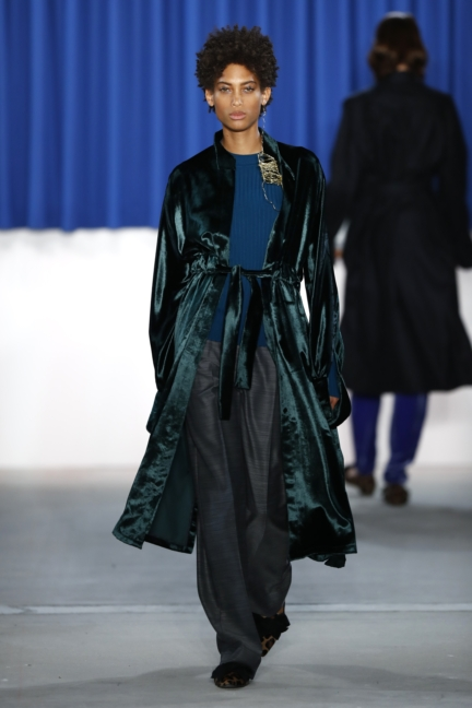 aw-2017_fashion-week-berlin_de_0013_perret-schaad_70346