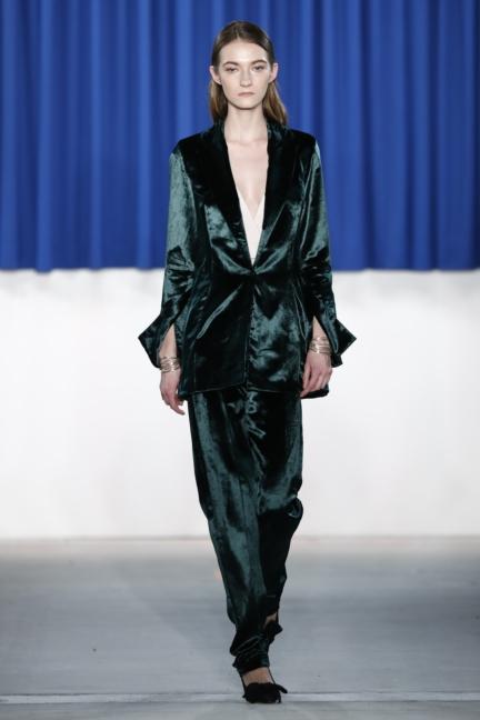 aw-2017_fashion-week-berlin_de_0014_perret-schaad_70345