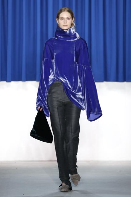 aw-2017_fashion-week-berlin_de_0017_perret-schaad_70342