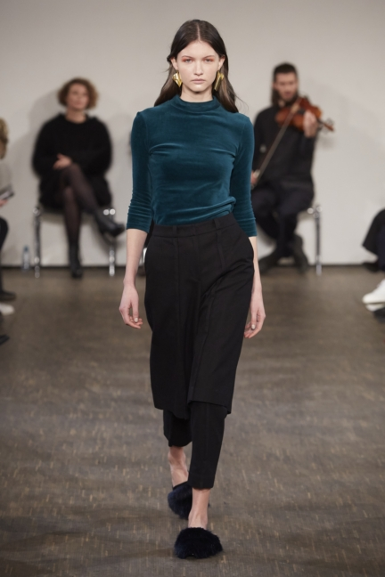aw-2017_fashion-week-berlin_de_0001_philomena-zanetti_69987