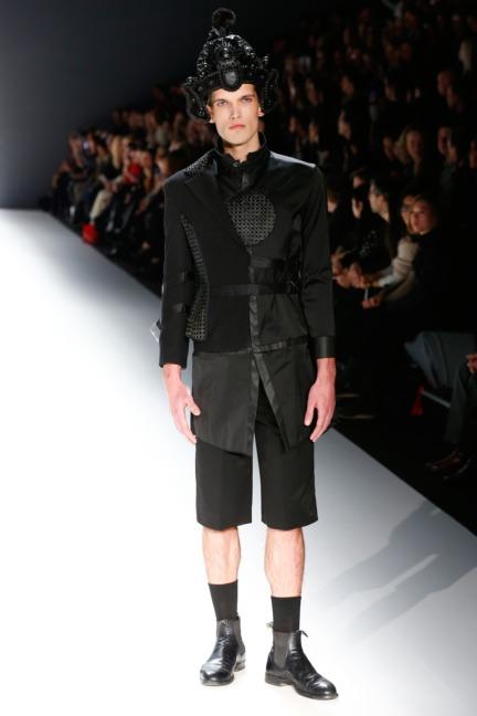 aw-2016_mercedes-benz-fashion-week-berlin_de_0003_shih-chien-university_62826