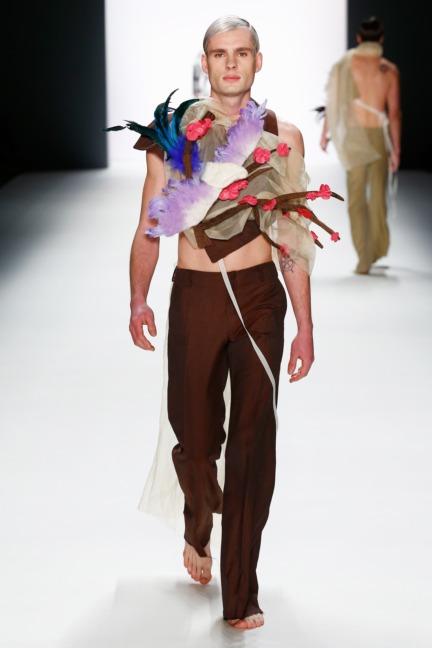 aw-2016_mercedes-benz-fashion-week-berlin_de_0032_shih-chien-university_62797