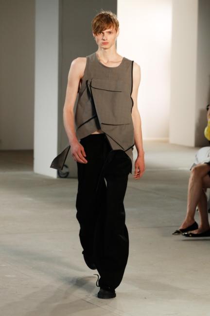 ss-2018_fashion-week-berlin_de_0013_vladimir-karaleev_72733