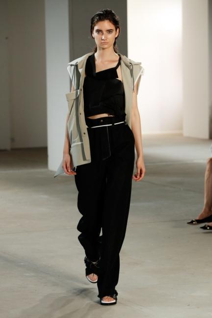 ss-2018_fashion-week-berlin_de_0016_vladimir-karaleev_72730