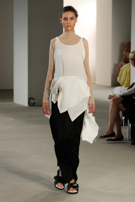 ss-2018_fashion-week-berlin_de_0018_vladimir-karaleev_72728