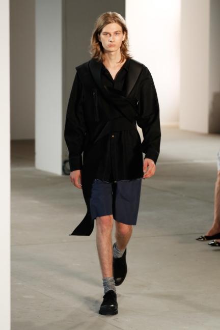 ss-2018_fashion-week-berlin_de_0019_vladimir-karaleev_72727