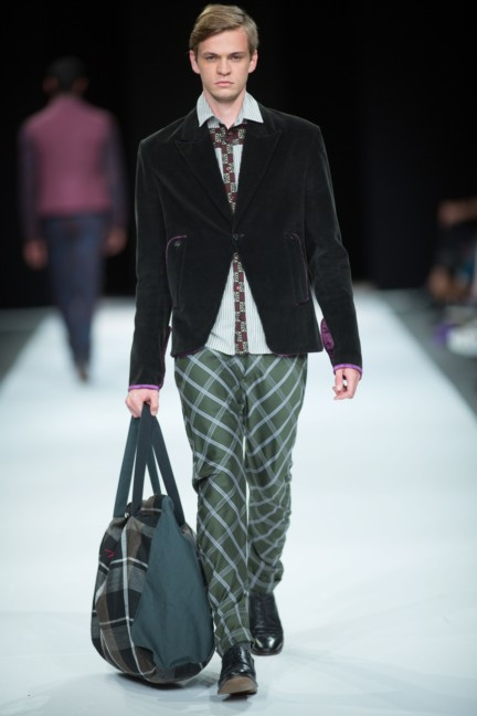 beware-the-wolf-in-sheeps-clothing-south-african-fashion-week-autumn-winter-2015-3