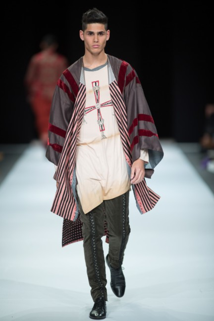 beware-the-wolf-in-sheeps-clothing-south-african-fashion-week-autumn-winter-2015-7