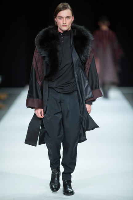beware-the-wolf-in-sheeps-clothing-south-african-fashion-week-autumn-winter-2015-8