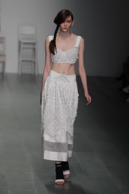 bora-aksu-london-fashion-week-spring-summer-2015-10