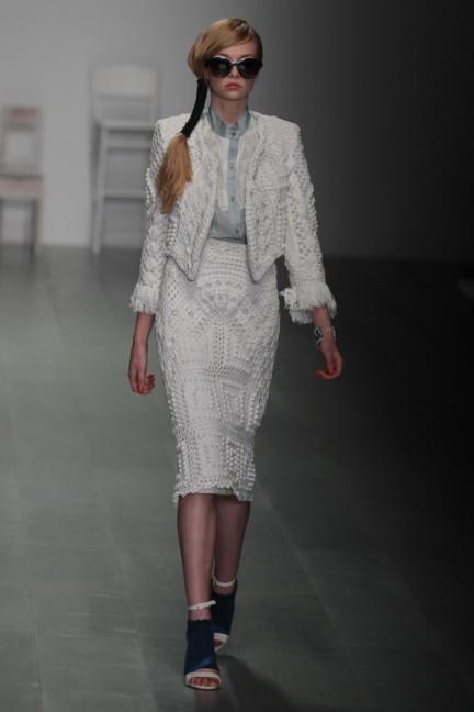 bora-aksu-london-fashion-week-spring-summer-2015-16