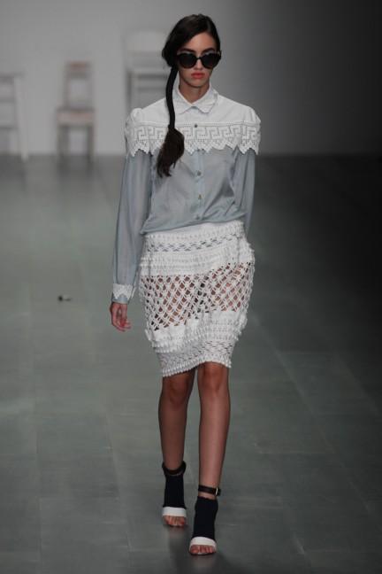 bora-aksu-london-fashion-week-spring-summer-2015-20