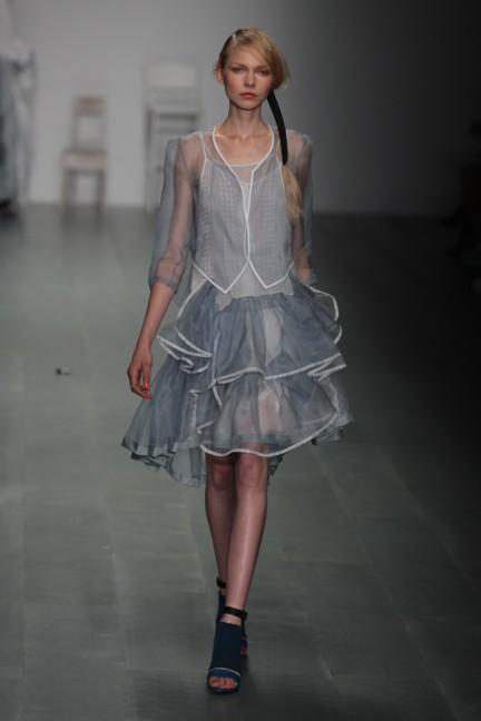 bora-aksu-london-fashion-week-spring-summer-2015-22