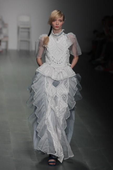 bora-aksu-london-fashion-week-spring-summer-2015-24