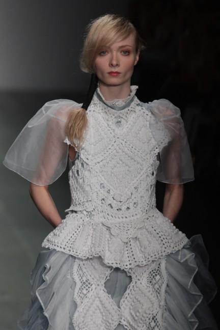 bora-aksu-london-fashion-week-spring-summer-2015-25