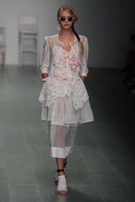 bora-aksu-london-fashion-week-spring-summer-2015-26