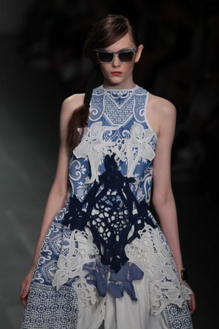 bora-aksu-london-fashion-week-spring-summer-2015-39