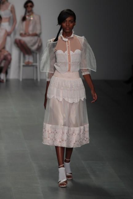 bora-aksu-london-fashion-week-spring-summer-2015-4
