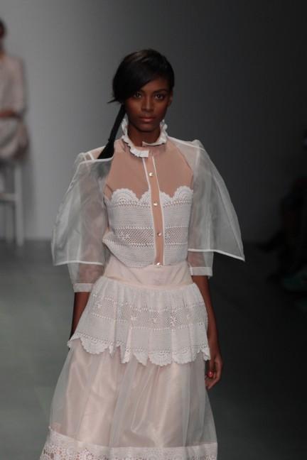bora-aksu-london-fashion-week-spring-summer-2015-5