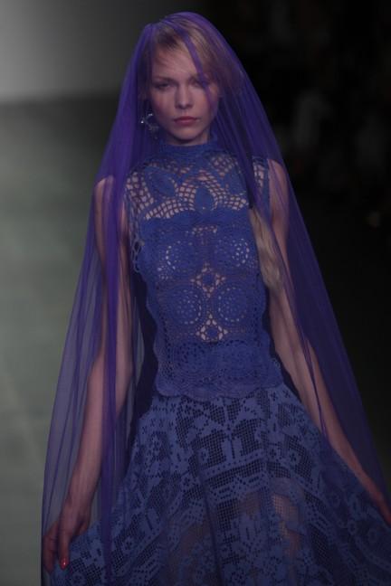 bora-aksu-london-fashion-week-spring-summer-2015-51