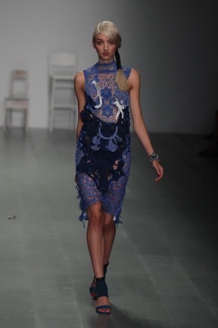 bora-aksu-london-fashion-week-spring-summer-2015-54