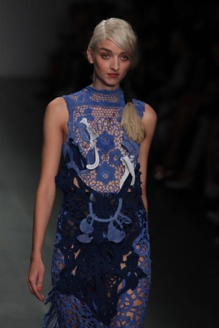 bora-aksu-london-fashion-week-spring-summer-2015-55