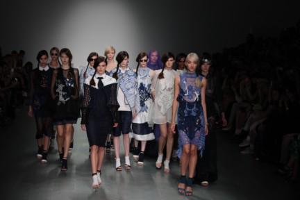 bora-aksu-london-fashion-week-spring-summer-2015-59