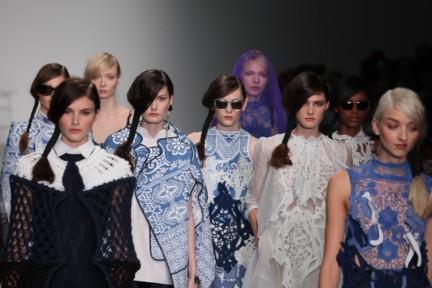 bora-aksu-london-fashion-week-spring-summer-2015-60