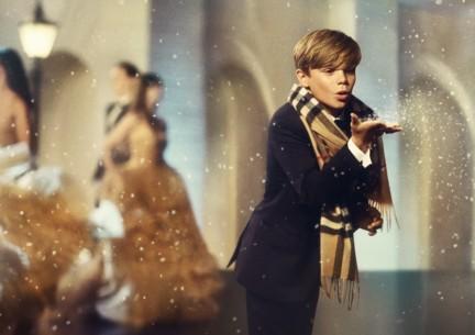 romeo-beckham-burberry-festive-campaign-stills-2