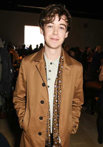 alex-lawther-wearing-burberry-at-the-burberry-menswear-january-2016-show