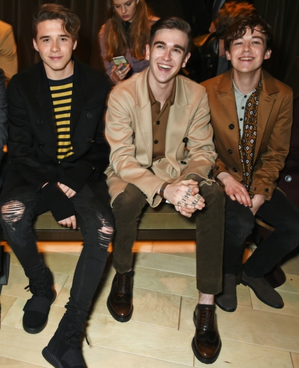 brooklyn-beckham-gabriel-kane-day-lewis-and-alex-lawther-at-the-burberry-menswear-january-2016-show