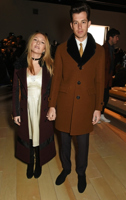 josephine-de-la-baume-and-mark-ronson-wearing-burberry-at-the-burberry-menswear-january-2016-show