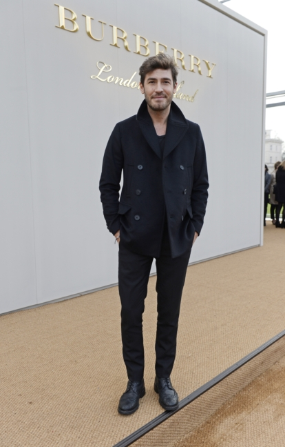 robert-konjic-wearing-burberry-at-the-burberry-menswear-january-2016-show