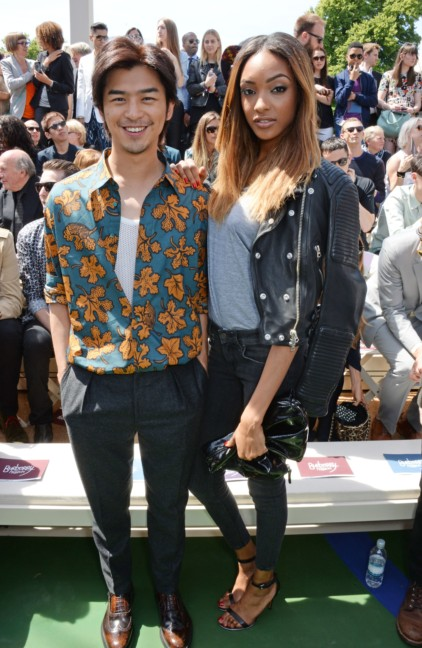 bolin-chen-and-jourdan-dunn-at-the-burberry-prorsum-menswear-spring_summer-2015-show