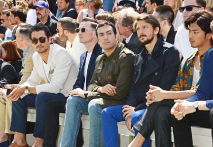 burberry-prorsum-menswear-spring-summer-2015-show-front-ro_002