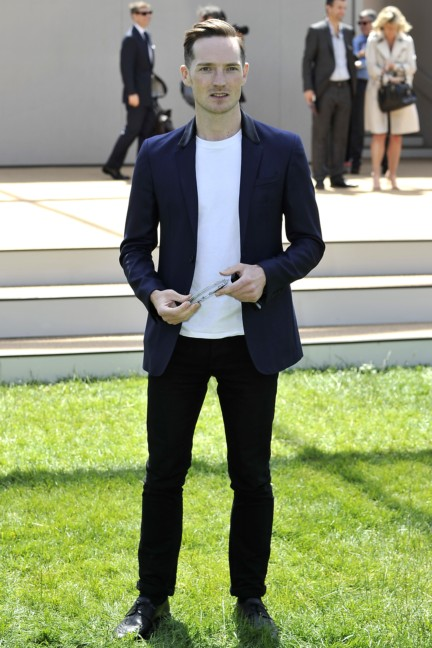 dan-gillespie-sells-wearing-burberry-at-the-burberry-prorsum-menswear-spring-summer-2015-show
